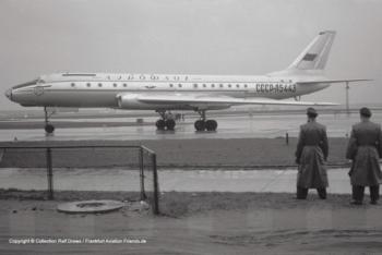 SSSR-L5443 Aeroflot Tupolev 104 (sn 07350304)